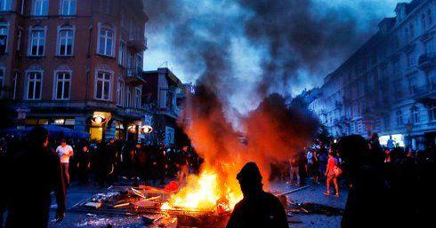 Más de 400 policías heridos en disturbios por Cumbre del G-20 - Foto de Stripes