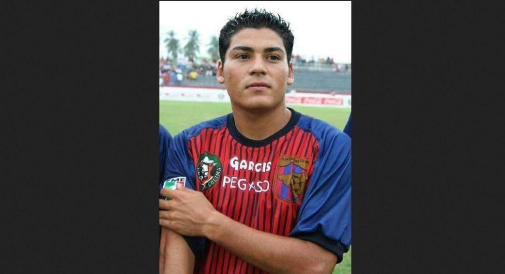 Asesinan a exfutbolista en Colima - Foto de Quadratín