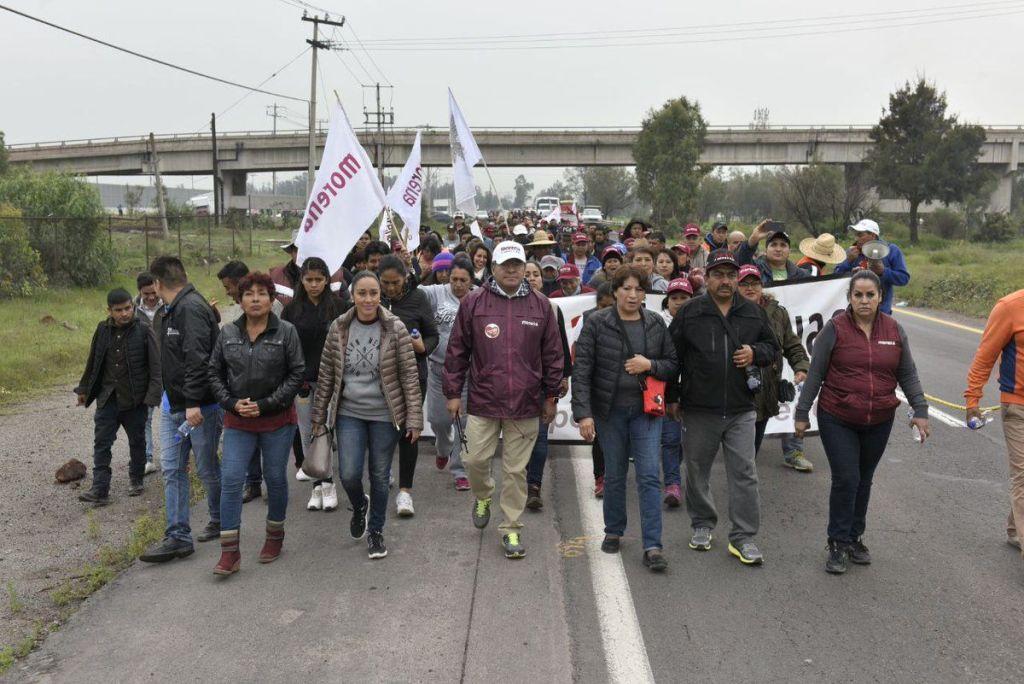 Delfina Gómez encabeza marcha del NAICM a San Lázaro - Foto de @delfinagomeza