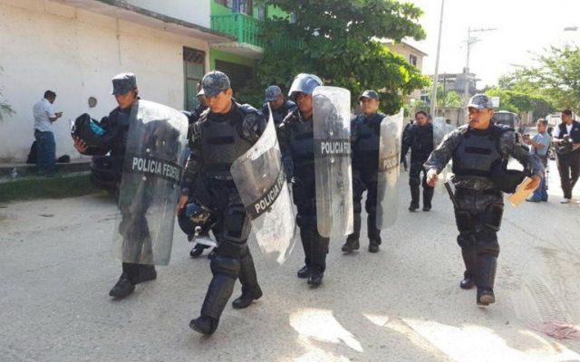 Investigan a trabajadores de cárcel de Acapulco tras riña