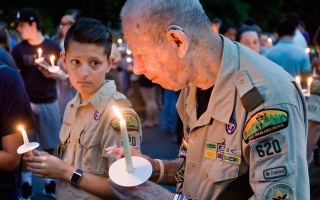Mueren electrocutados tres boy scouts en Texas