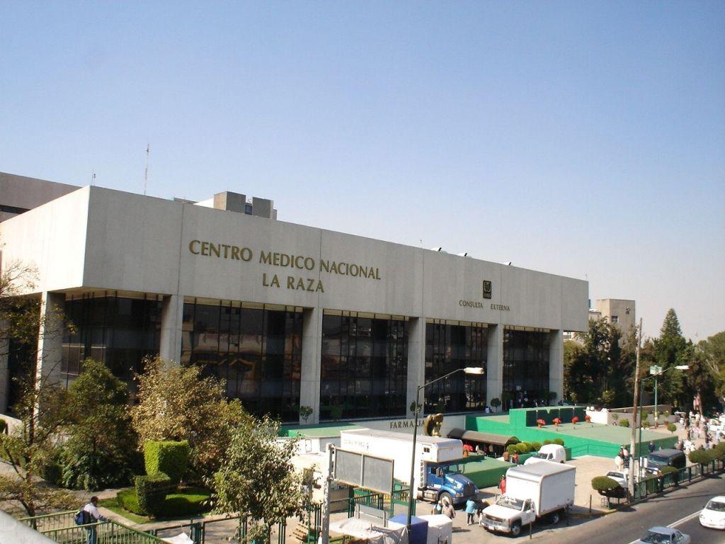 Paramédico del ERUM evita suicidio en Hospital La Raza - Foto de archivo