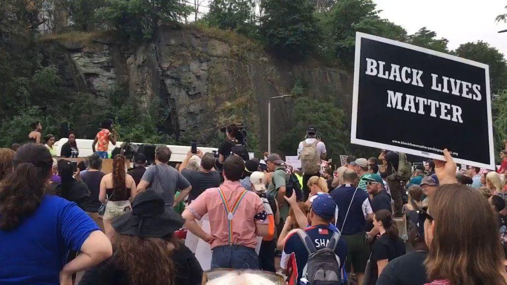 Aumentan crímenes de odio en EE.UU. - Foto de Univisión