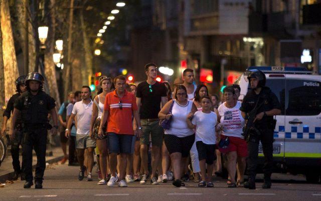 Ninguno de los dos detenidos en Barcelona son los atacantes: Policía