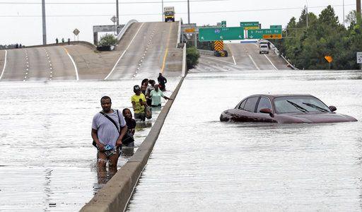 Aprueban 7.85 mdd para damnificados por Harvey en EE.UU. - Foto de AP