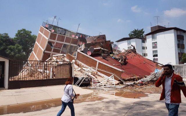 Colegio Rébsamen contrató póliza de seguro antes del sismo - El Colegio Enrique Rebsamen se derrumbó en Coapa, una vivienda al frente del plantel se habilitó como hospital. Foto de @Soy_Jeremias