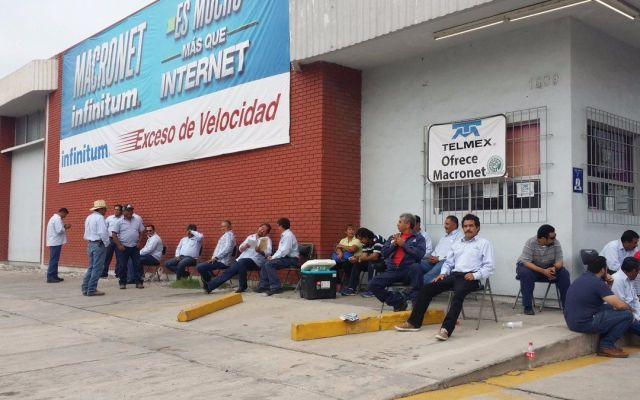 Empleados de Telmex realizan paro nacional