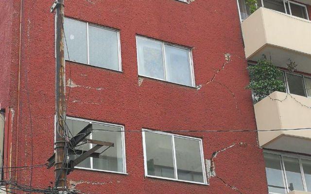 Crean grupo para atender quejas sobre inmuebles dañados - Edificio en Portales Sur