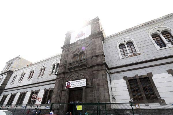 SEP de Puebla busca lugares seguros para reubicar escuelas tras sismo - Foto de Andador Urbano