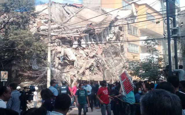 Celebridades se solidarizan con México por sismo - Foto de José Miguel Fernández