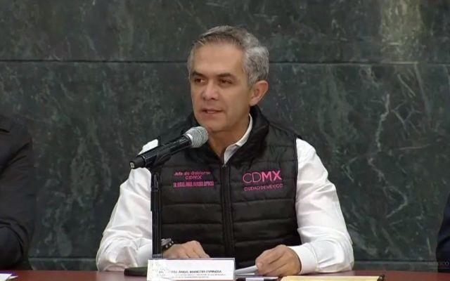 Gobierno capitalino condonará pago de trámites por sismo - Foto de Archivo