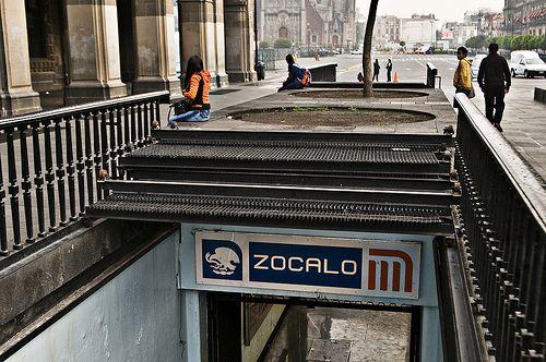 Estación Zócalo permanecerá cerrada viernes y parte del sábado - Foto de Voces del Periodista