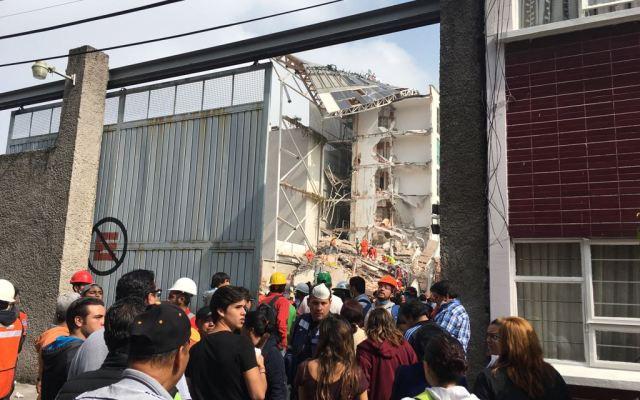 Denuncian penalmente a constructoras de edificios colapsados tras sismo - Foto de @PachitaRex