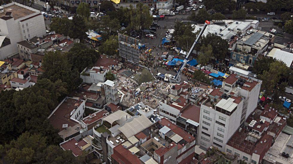 Aumentan réplicas en México tras sismos de septiembre - Foto de AP