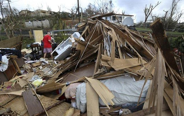 Puerto Rico cerca de una crisis humanitaria: gobernador - Desastre el Puerto Rico por paso de huracán María