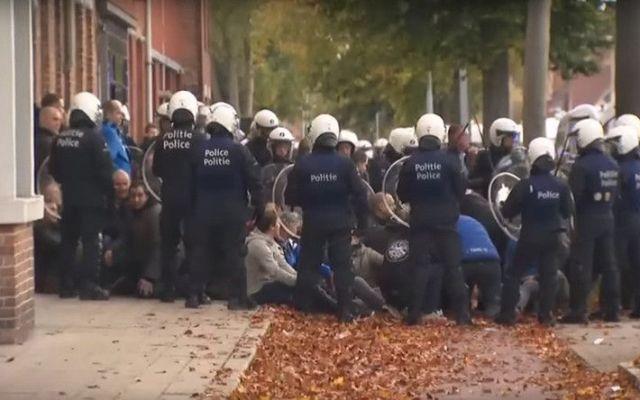 #Videos Pelea de aficionados en Bélgica deja tres heridos de gravedad