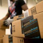 Amazon reveló, por accidente, correos de clientes - Los empleados de Amazon cobrarán un mínimo de 15 dólares por hora. Foto de Internet