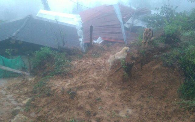 Deslave en Chiapas deja cinco niños muertos - Foto de @pcivilchiapas