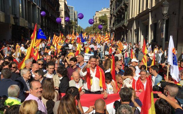 Rajoy rechaza mediación en crisis catalana