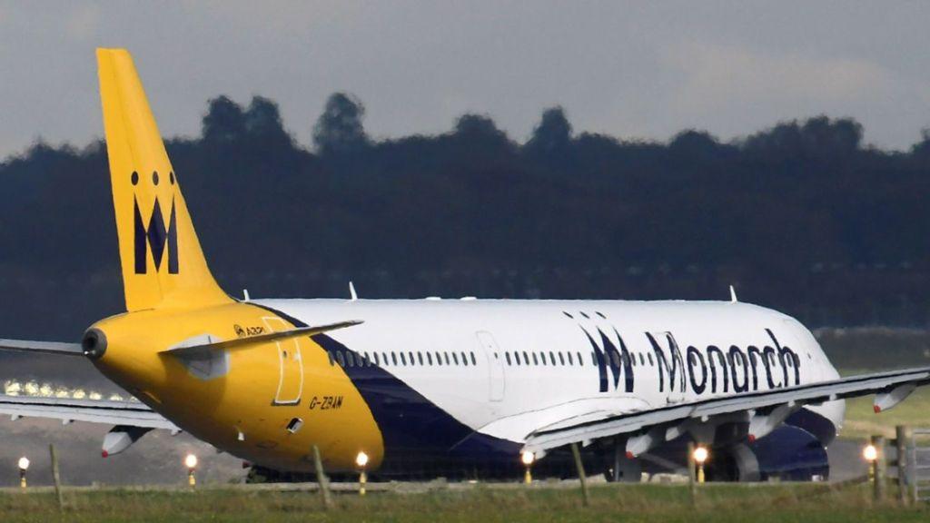 Quiebra de Monarch Airlines deja 110 mil personas varadas en Europa - Foto de REUTERS/Toby Melville
