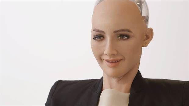 Arabia Saudita otorga ciudadanía a robot