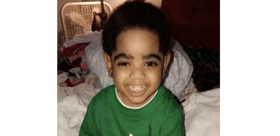 Niño recibe riñón en Día de Acción de Gracias