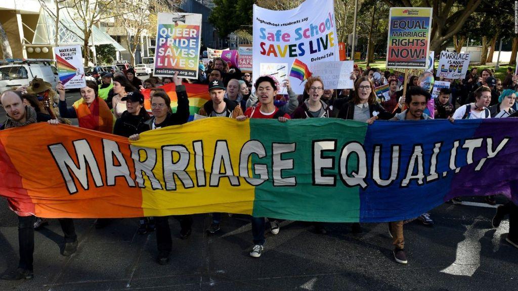 Australianos apoyan matrimonio gay en encuesta - Foto de CNN