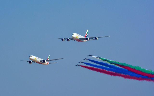 #VIDEO Un Boeing 777 y Airbus A830 volando juntos - Foto de Emirates