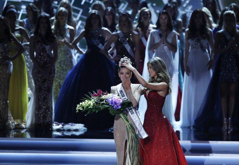 Sudáfrica gana la edición 66 de Miss Universo - Foto de AP/John Locher