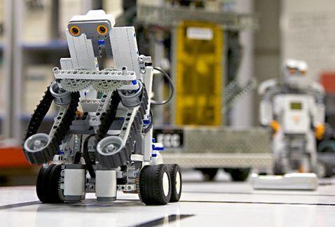 Desarrollan robot para labores de rescate durante fenómenos naturales - Foto de Milenio