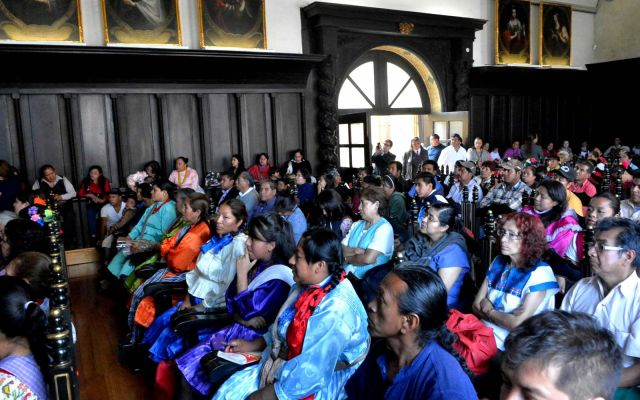 Alrededor de 129 mil capitalinos hablan lenguas indígenas - Foto de Internet