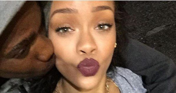 Rihanna llora la muerte de su primo asesinado