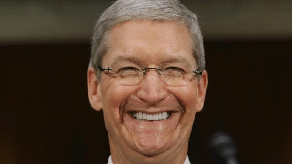 Tras superar objetivos, Apple aumenta bono de Tim Cook