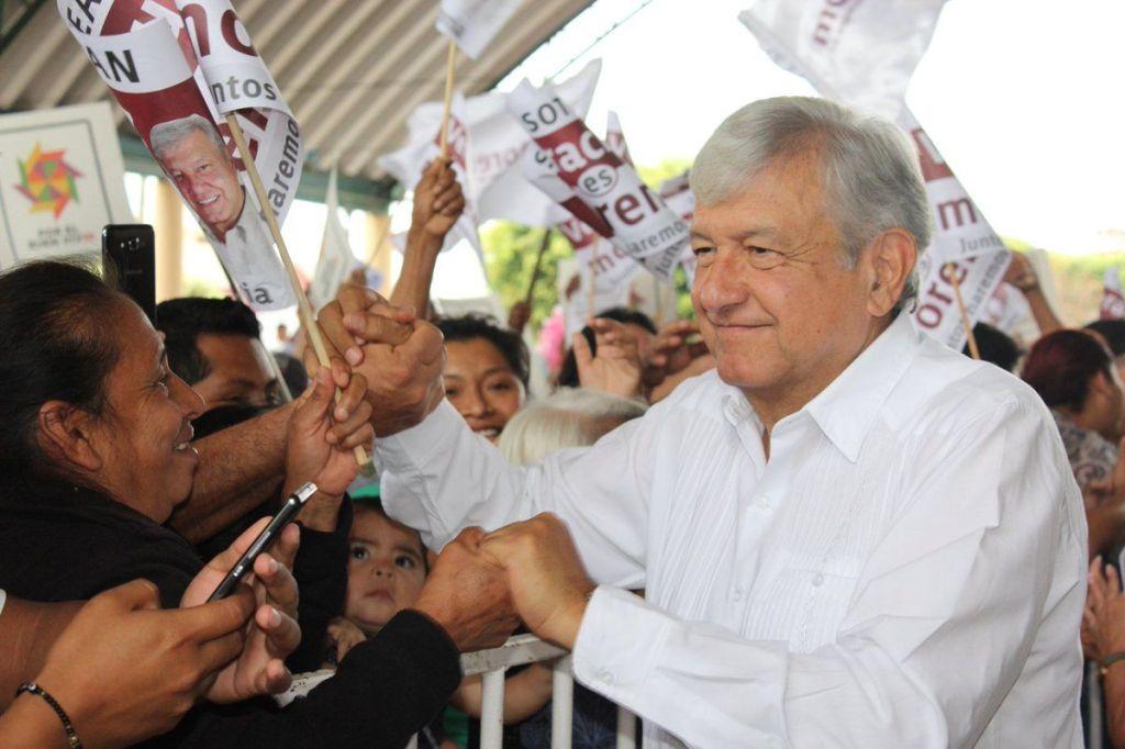 Los mensajes de López Obrador que incendiaron las redes sociales - Foto de @lopezobrador_