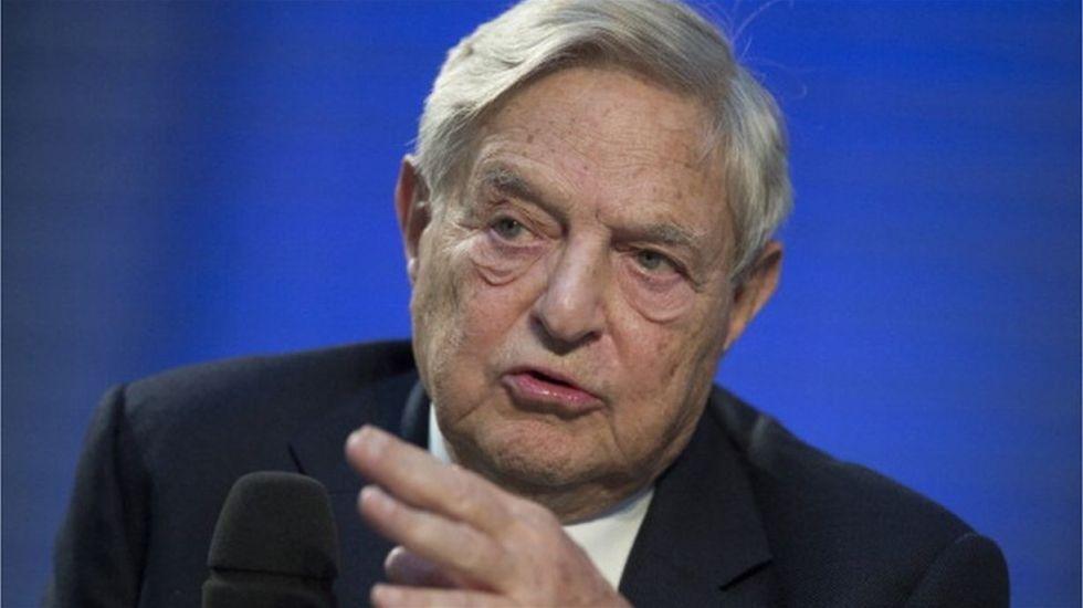 George Soros ataca a Facebook y Google en Davos - Foto de La Nación