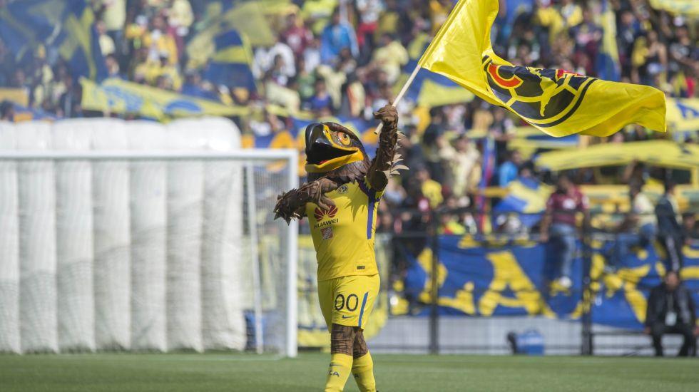 #VIDEO Mascota del América pide matrimonio en el Estadio Azteca - Foto: Mexsport.