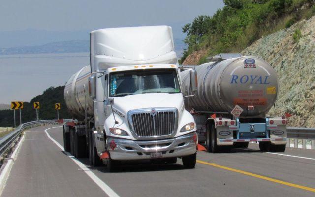 Se dispara robo a camiones de carga hasta 85.5 por ciento en 2017 - Foto: Noticieros Televisa