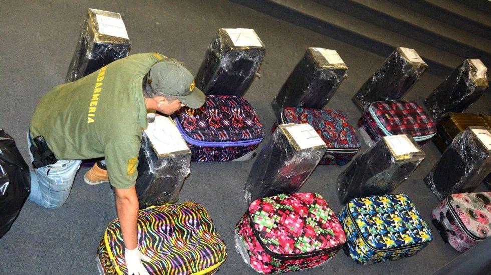 Aseguran 389 kilogramos de cocaína en embajada rusa de Argentina - Foto de @MinSeg