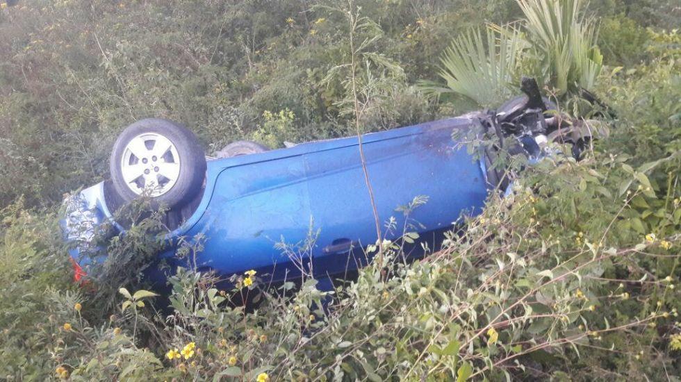 Mueren dos en accidente de precandidata en Quintana Roo