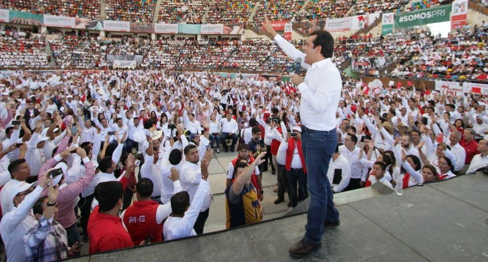 Roberto Albores, precandidato a la gubernatura de Chiapas por el PRI - Foto de PRI