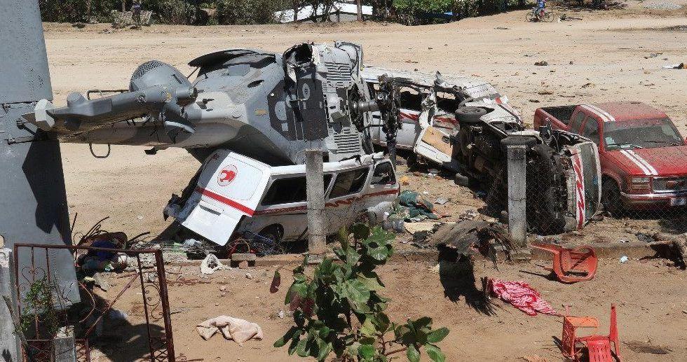 Reportan estable a menor lesionada por caída de helicóptero en Oaxaca