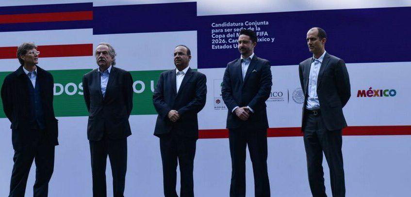 México entrega documentación para ser sede del Mundial 2026