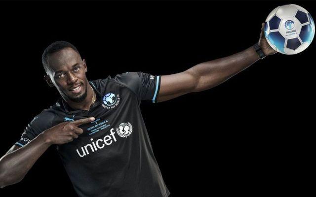 Usain Bolt jugará en Old Trafford - Foto de @socceraid