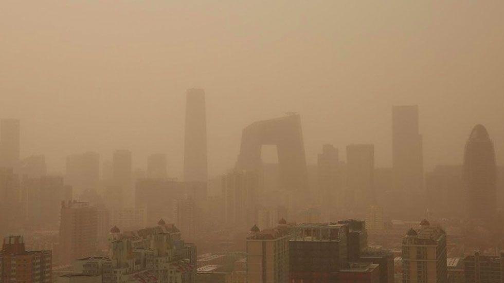 #Video Tormenta de arena cubre parte de China - Foto de Xinhua