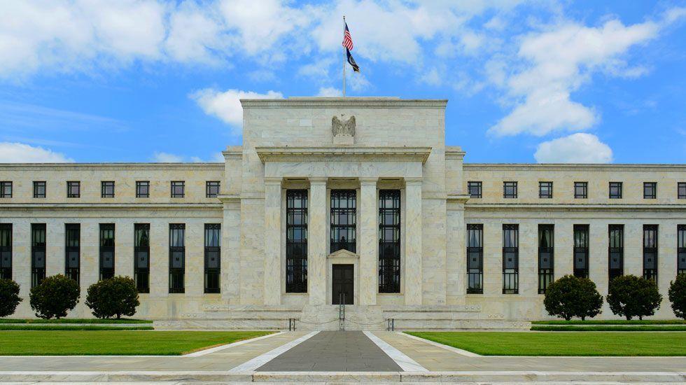 Fed eleva un cuarto de punto tasa de interés - Foto de PYMNTS