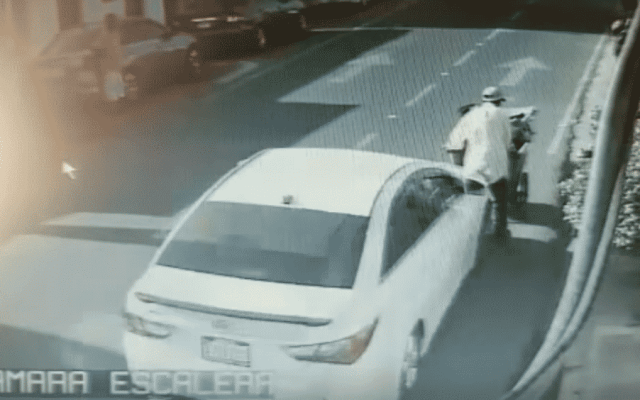 #Video Arrollan a funcionario de República Dominicana, conductor huye - Captura de pantalla