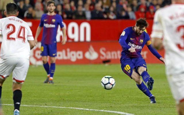 Layún y el Sevilla no pudieron contra el Barcelona - Foto de EFE