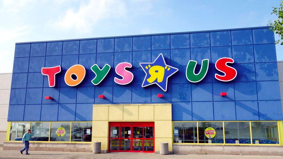 Hombre De Compra Un Us' Para 'toys Donación Mdd R Juguetes En qSzGMUVp