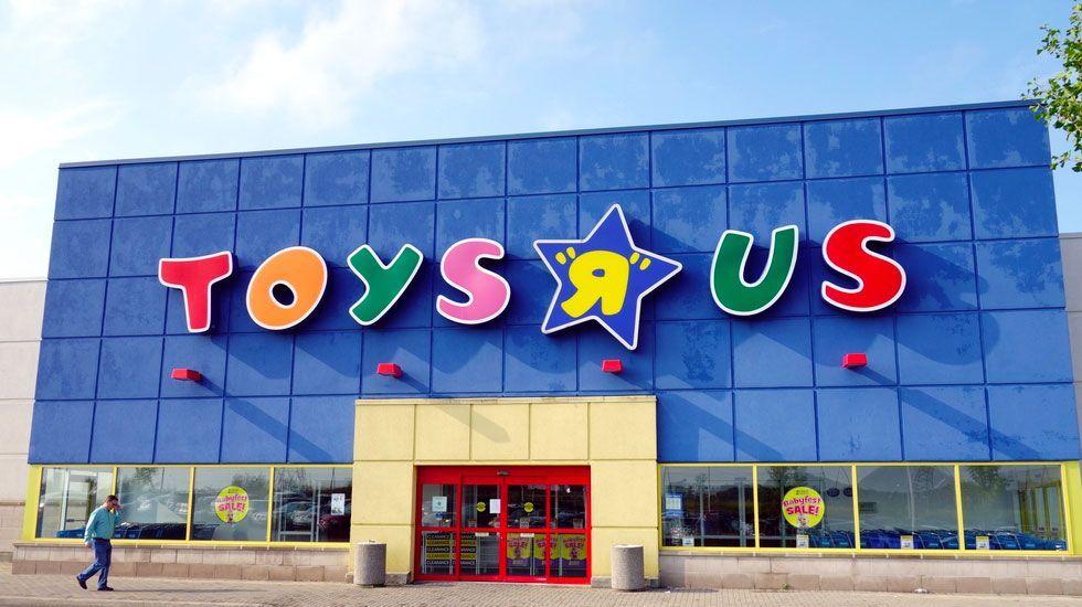 Hombre compra un mdd en juguetes de 'Toys R Us' para donación - Un grupo de accionistas confía en poder devolverle la vida a Toys R' Us