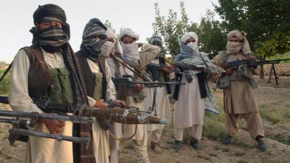 Ataque talibán deja 15 agentes muertos en Afganistán - Foto de Internet